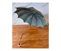 Fa fogantyús esernyő