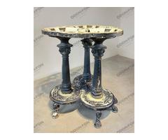 Oroszlán-lábú kerti asztal