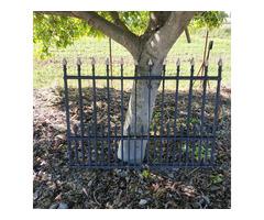 Lándzsás kovácsoltvas kerítés