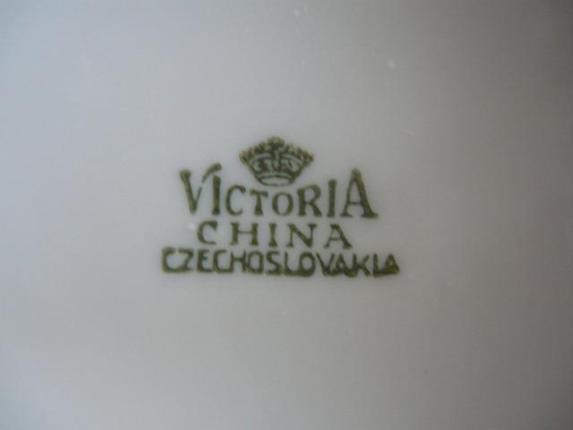 Porcelán karafa